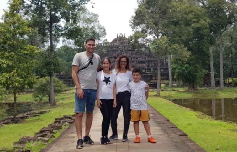 קמבודיה עם ילדים